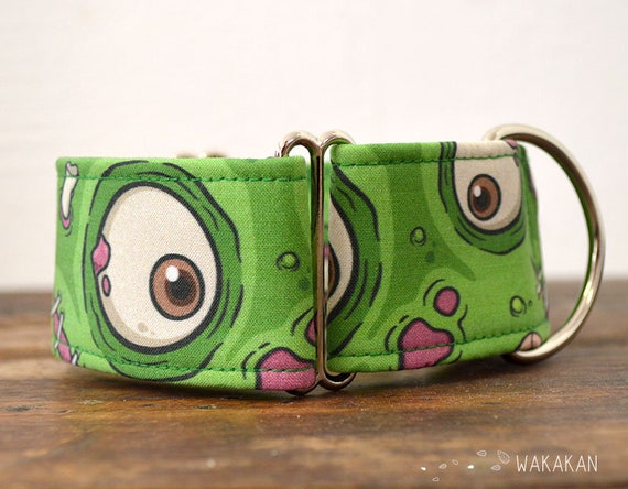 Martingale dog collar model Hungry Eyes. Adjustable and handmade with 100% cotton fabric. Zombie, day of the dead. Wakakan