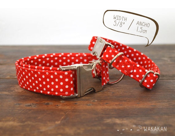 Mini Ole dog collar adjustable. Handmade with 100% cotton fabric. White and red polka dots. Spanish style Wakakan