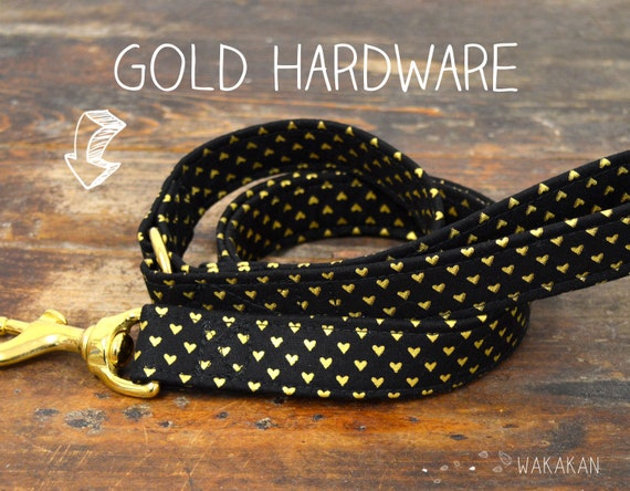 Leash for dog Tiny Hearts. Handmade with 100% cotton fabric and webbing. Two width available. Wakakan