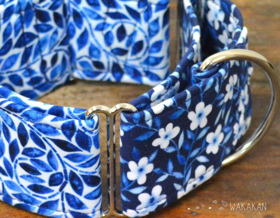 Martingale dog collar model Spanish Tiles. Adjustable and handmade with 100% cotton fabric. vintage blue style Wakakan