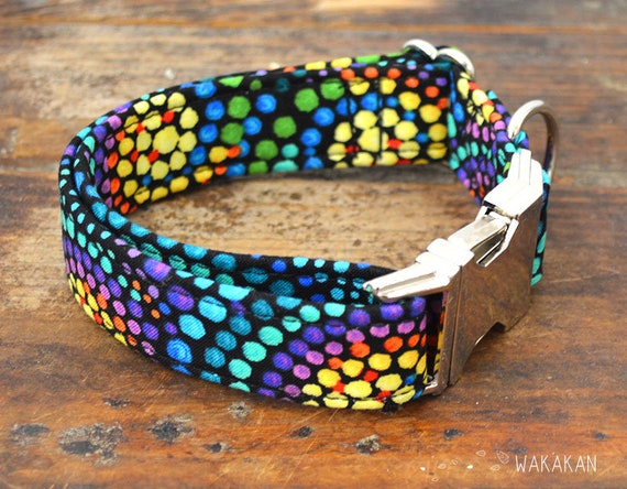 Cornucopia collar adjustable. Handmade with 100% cotton fabric. Colorful star, rainbow pattern Wakakan