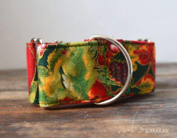 Martingale dog collar model Apple Pine, Christmas. Adjustable and handmade with 100% cotton fabric. Holidays Wakakan Xmas
