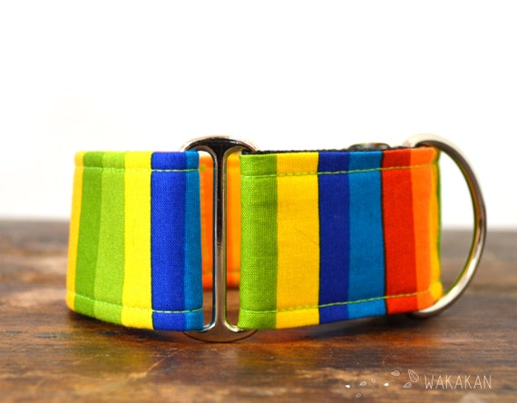 Martingale dog collar Funky. Adjustable and handmade with 100% cotton fabric. Colorful strippes. Wakakan