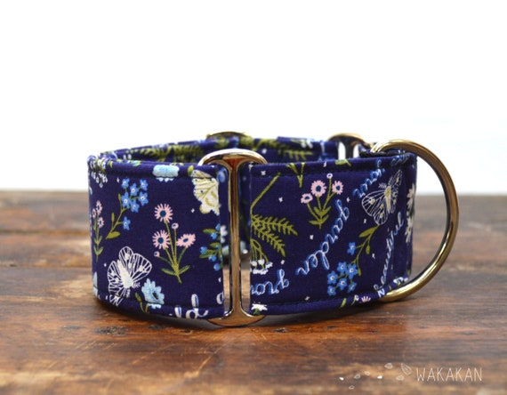 Martingale dog collar model Wild Flowers. Adjustable and handmade with 100% cotton fabric. Flowers, Spring Wakakan