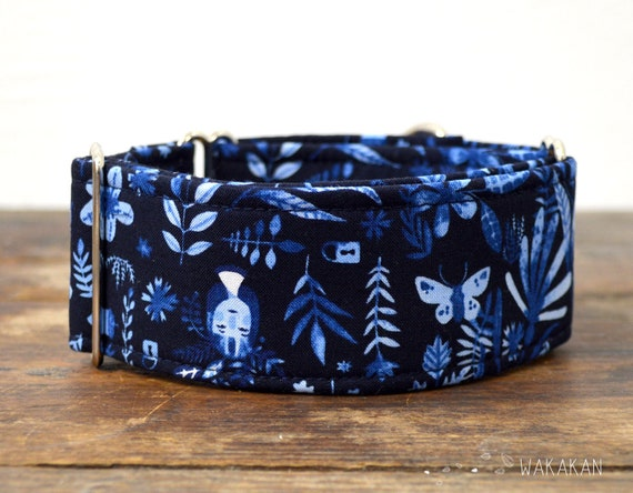 Martingale dog collar model Secret Garden. Adjustable and handmade with 100% cotton fabric. dream. Wakakan