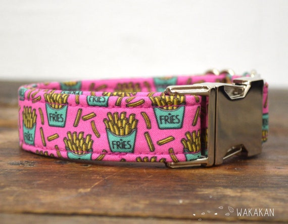 French Fries dog collar. Adjustable and handmade with 100% cotton fabric. Retro design Wakakan