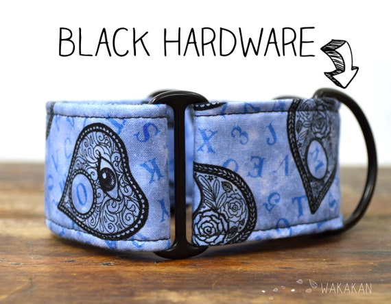 Martingale dog collar model Mystic. Adjustable and handmade with 100% cotton fabric. Ouija, magi, spell, witch. Wakakan