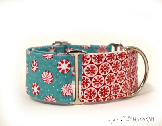 Martingale dog collar model Xmas Mints. Adjustable and handmade with 100% cotton fabric. Christmas time, winter snow flakes Wakakan