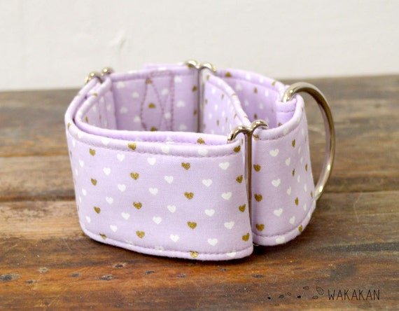Martingale dog collar model Lilac Hearts. Adjustable and handmade with 100% cotton fabric. Golden and white hearts Wakakan
