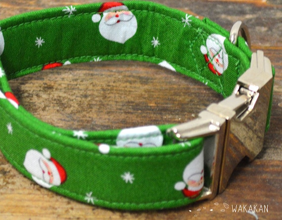 Santa's dog collar. Adjustable and handmade with 100% cotton fabric. Xmas style, Santa Claus. Wakakan