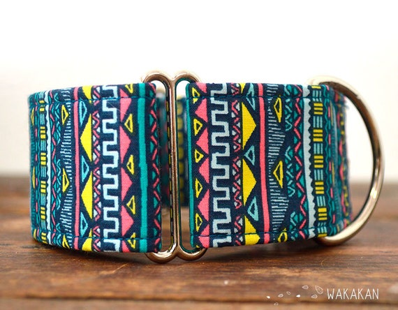 Martingale dog collar model Ethnic. Adjustable and handmade with 100% cotton fabric. Boho Mayan stripes. Wakakan