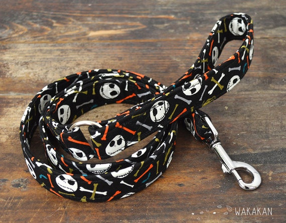 Leash for dog model Jack & Bones Color. Handmade with 100% cotton fabric and webbing. Two lenght available. Wakakan