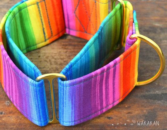 Martingale dog collar model Paint. Adjustable and handmade with 100% cotton fabric. Rainbow fabric. Wakakan