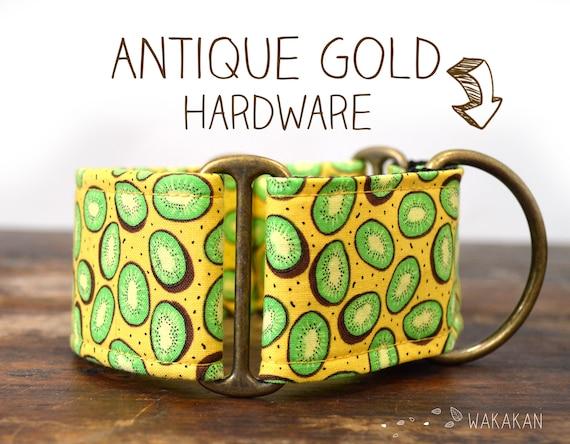 Martingale dog collar Small Kiwis. Adjustable and handmade with 100% cotton fabric. kiwifruit pattern, fruit, green Wakakan