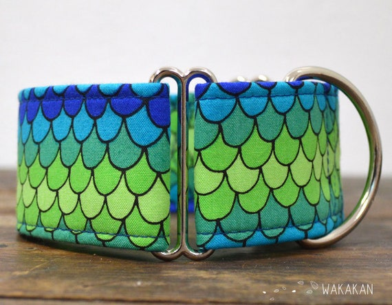 Martingale dog collar model Ice Dragon. Adjustable and handmade with 100% cotton fabric. Dragon scales design Wakakan