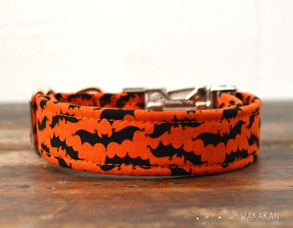 Bat Time dog collar adjustable. Handmade with 100% cotton fabric. Halloween. Wakakan