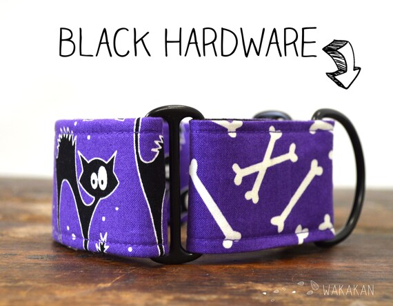 Martingale dog collar model Scaredy Cats. Adjustable and handmade with 100% cotton fabric. Glow in the dark Wakakan