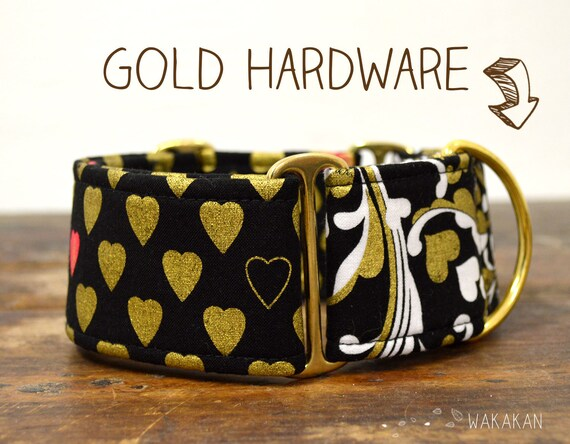 Martingale dog collar model You are Gold. Adjustable and handmade with 100% cotton fabric. Golden hearts Wakakan