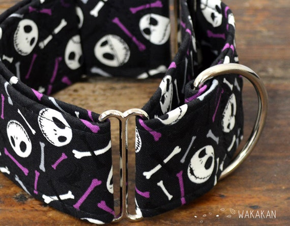 Martingale dog collar model Jack & Bones. Adjustable and handmade with 100% cotton fabric. Glow in the dark Wakakan