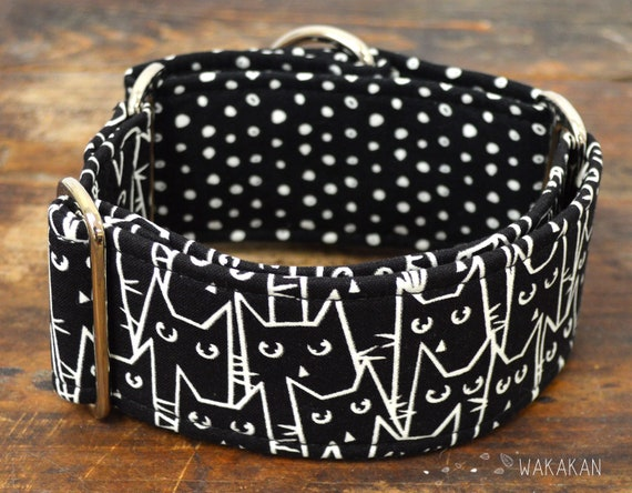 Martingale dog collar model Cat Mob. Adjustable and handmade with 100% cotton fabric. Glow in the dark cats. Wakakan