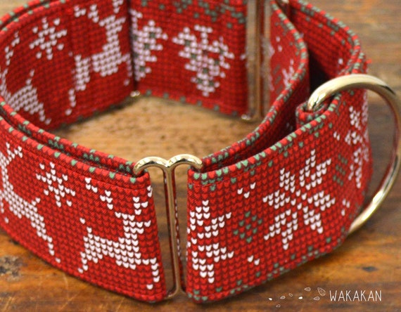 Martingale dog collar model Cozy Xmas, Christmas flower. Adjustable and handmade with 100% cotton fabric. winter Wakakan