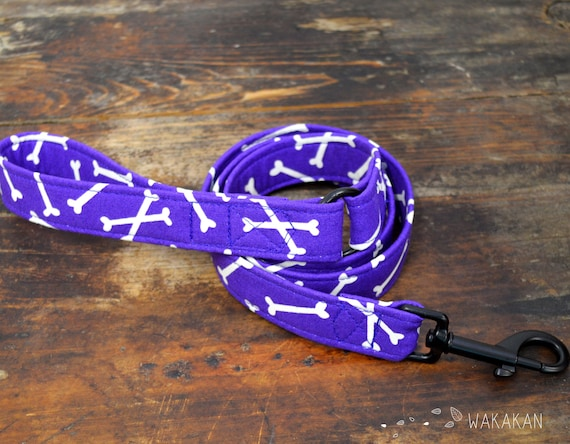 Leash for dog model Bones. Handmade with 100% cotton fabric and webbing. Two width available. Wakakan