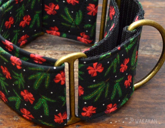 Martingale dog collar model Pine Tree and Bows. Adjustable and handmade with 100% cotton fabric. Wintery, Xmas, pinus, winter Wakakan