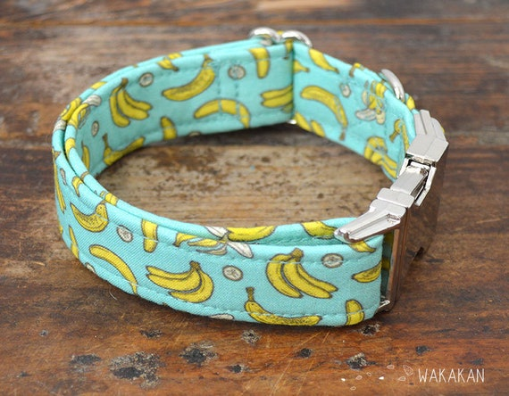 Going Bananas dog collar. Adjustable and handmade with 100% cotton fabric. Retro design Wakakan