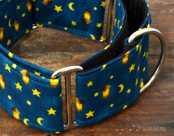 Martingale dog collar model Starry Night. Adjustable and handmade with 100% cotton fabric. Fairy, moon, stars. Wakakan