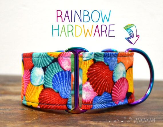 Martingale dog collar model Rainbow Shells. Adjustable and handmade with 100% cotton fabric. Summer vibes, colorful Wakakan