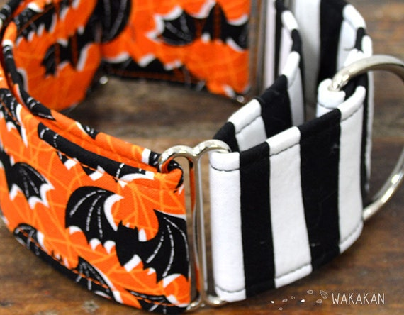 Martingale Bats dog collar adjustable. Handmade with 100% cotton fabric. Goth, rock design. Halloween Wakakan
