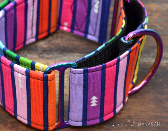 Martingale dog collar model Cheerful. Adjustable and handmade with 100% cotton fabric. Rainbow fabric. Wakakan