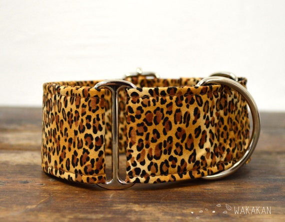 Martingale collar for dog Leopard Animal Print. Handmade with 100% cotton fabric and webbing. Wakakan