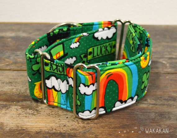 Martingale dog collar model Pot of Gold. Adjustable and handmade with 100% cotton fabric. Irish, Saint Patrick, rainbow Wakakan