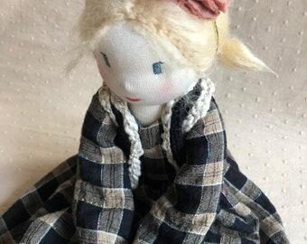 Handmadedolls stellabyrosa pop poppen dolls gift softtoy handmadegift puppen waldorf waldorfpuppen Waldorfdoll nursery popje kado