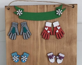 Personalised Christmas family gloves and mittens set on solid wooden plaque
