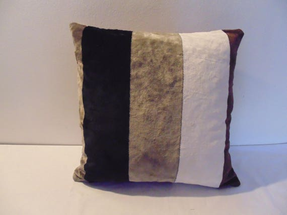 Designers Guild Velvet Calaggio-Noir Cushion Cover