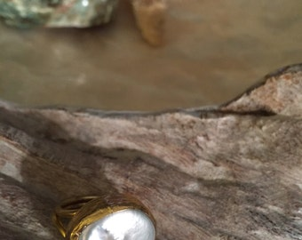 Fresh water pearl adjustable ring