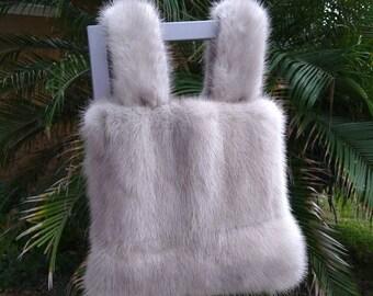 08b097ea4cf3 New handmade natural blue emba fur bag