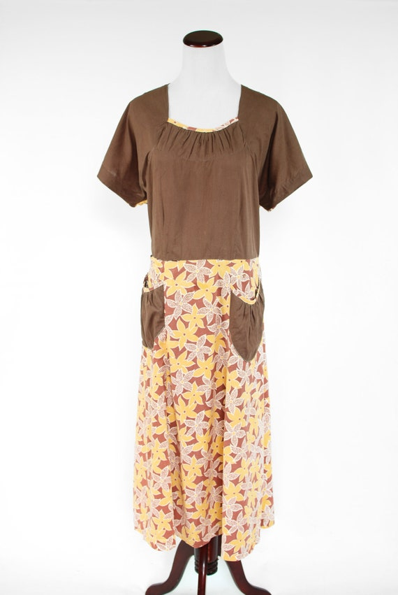 1930's Brown & Yellow Floral Feedsack Cotton Hous… - image 2