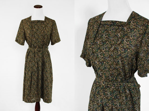 1960's Green Paisley Chiffon Short-sleeve Belted D
