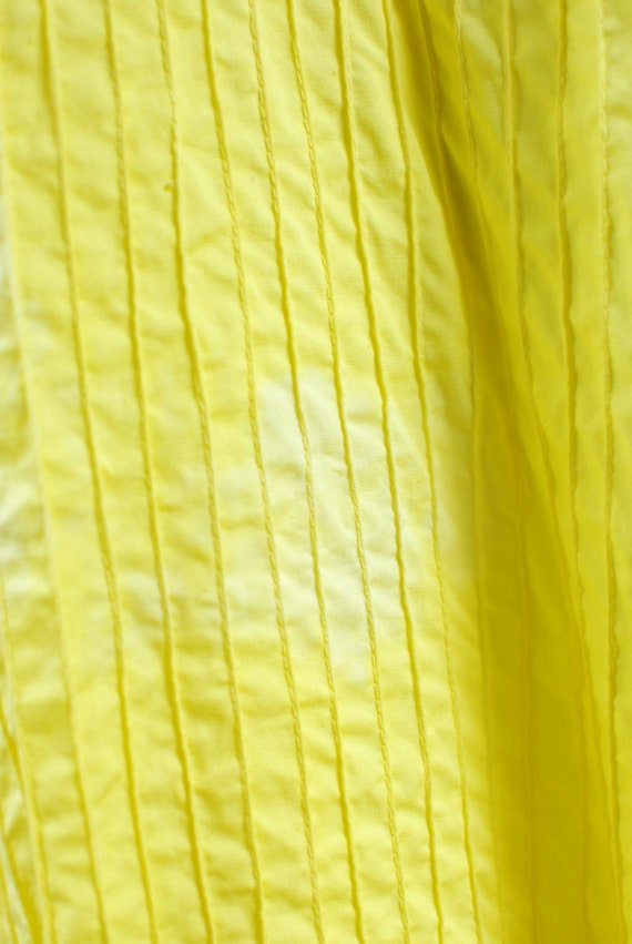1970's Bright Yellow Cotton Floral Embroidered Pi… - image 7