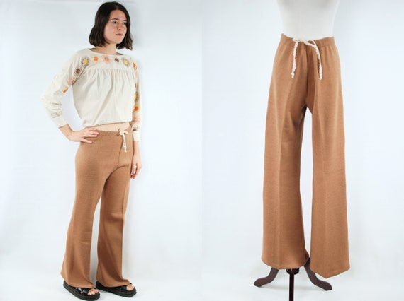 1970's Camel Wool Knit Flared High-waisted Lace Dr