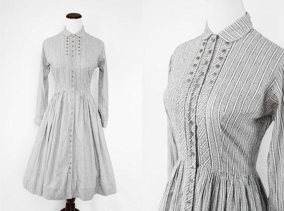 1940's Grey Striped Swiss Dot Cotton Long-sleeve S