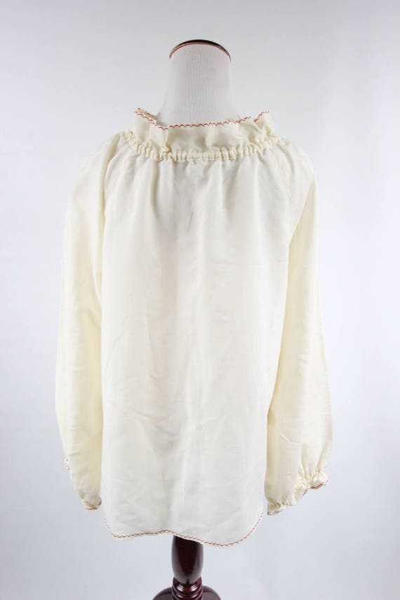 1970's Ivory Cotton Embroidered Ruffle Collar Lon… - image 4