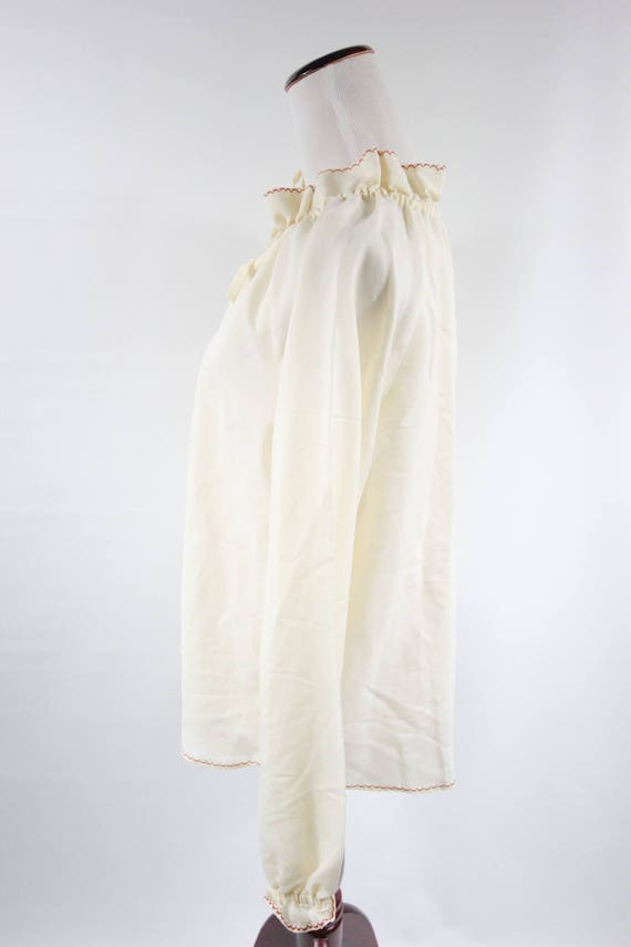 1970's Ivory Cotton Embroidered Ruffle Collar Lon… - image 3