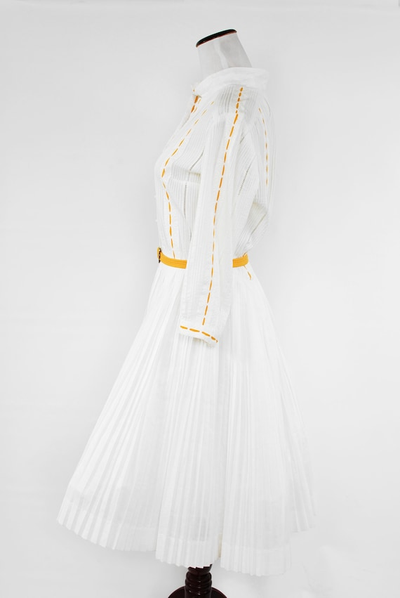 1950's White Cotton Long-sleeve Pleated Shirtdres… - image 3