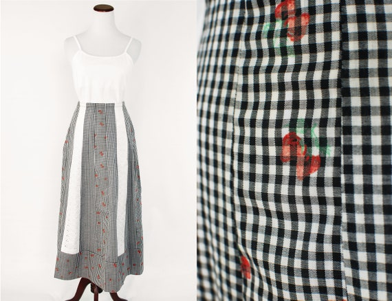1970's Strawberry Print Black & White Gingham Cott