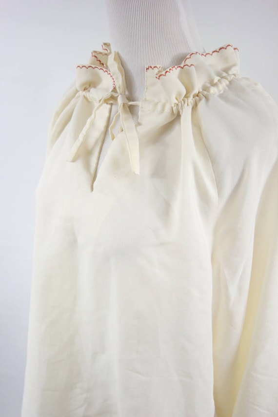 1970's Ivory Cotton Embroidered Ruffle Collar Lon… - image 5