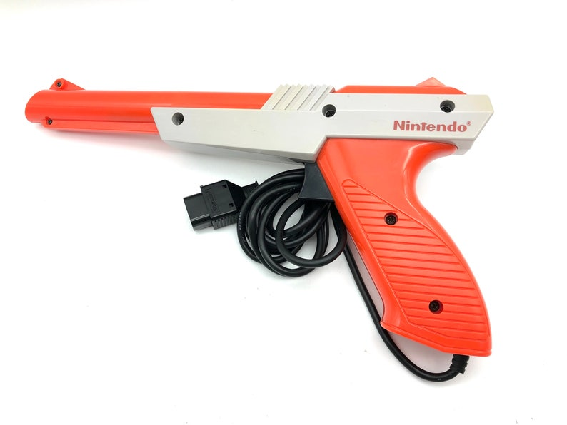 Nintendo Entertainment System NES Zapper 1985 NES-005 image 0